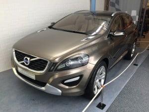 Hmm - jag tycker jag sett den här bilen någonstans... Vänta nu är det inte Volvo XC60? Jo, det här är nämligen Volvos konceptbil för den modellen.